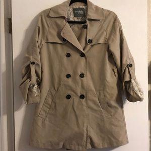 Super soft button up coat. Size Medium.
